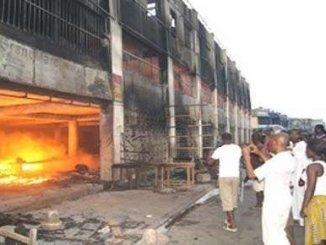 marche lome incendie Reconstruction du Grand marché de Lomé: la grosse arnaque !
