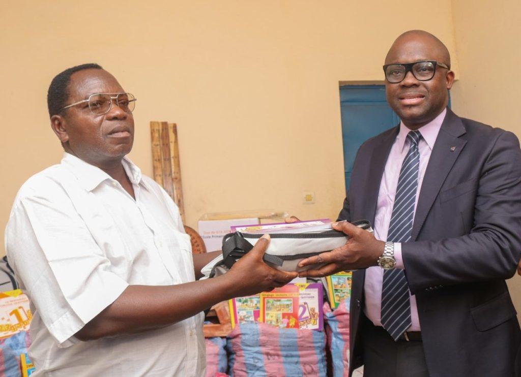 1 1 e1570548629510 Togo : GTA ASSURANCES VIE contribue à la scolarisation des enfants en milieu rural et défavorisé.[Communiqué]