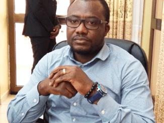 Togo Dr Tsolényanu Affaire de faux-pass vaccinaux au Togo: la grosse colère du SYNPHOT