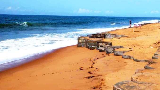 erosion3 Togo: vers la protection de 1580m de côte