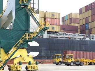 Derniere minute a Lome ca chauffe au Port Dernière minute : à Lomé, ça chauffe au Port !
