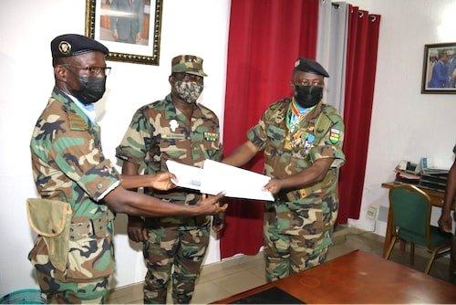 Passation de pouvoir a Salifou Pini Togo : un nouvel homme fort pour assurer le maintien de la paix