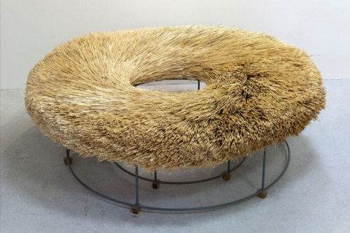 straw bench/ hannastina crick