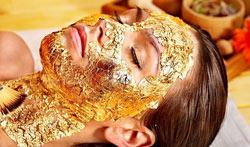 Vollpaket Die Goldfinish Gesicht Massage Massage ist Wellness für Sie und Ihn auch als Top Geschenk für jeden Anlass. toksen_massage_wien_goldfinish_beauty_spa_wellness_zellerneuerung_gesichtsbehandlung_147_250