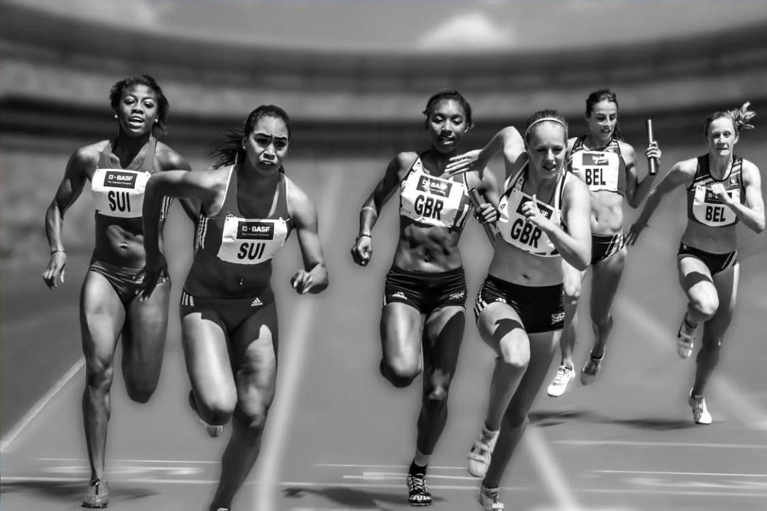 atletas femeninas en competición