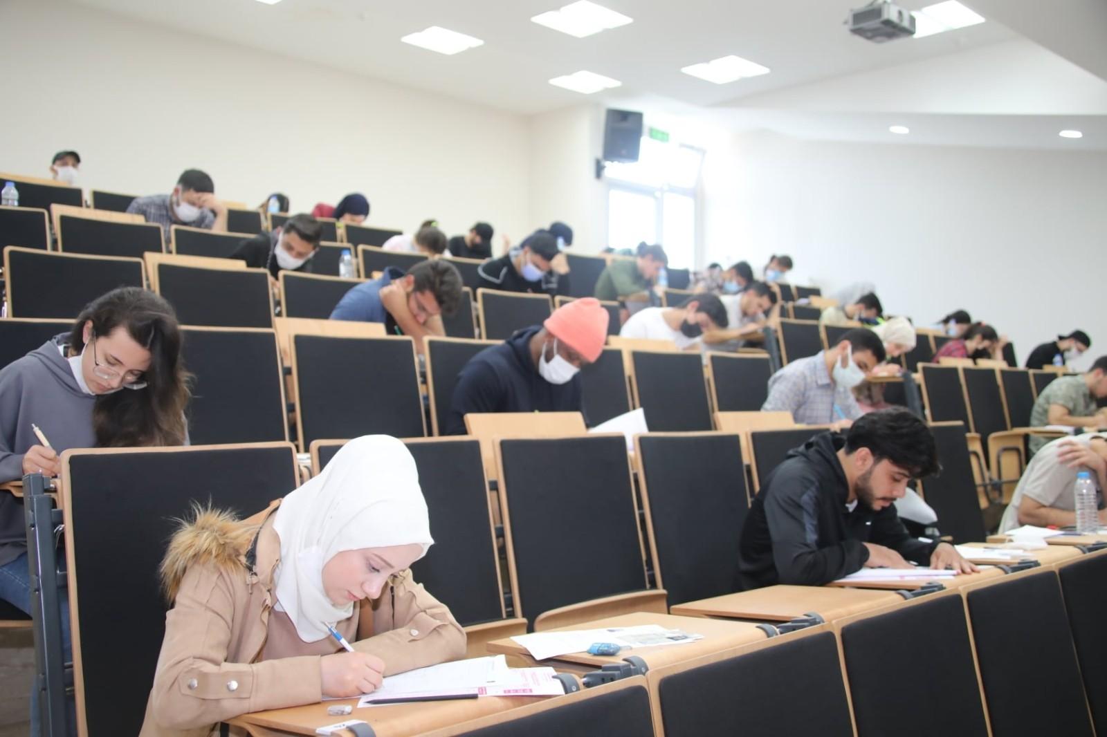 Tokat'ta yabancı uyruklu öğrencilerin sınav heyecanı