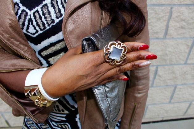 White-leather-bracelet-greyring