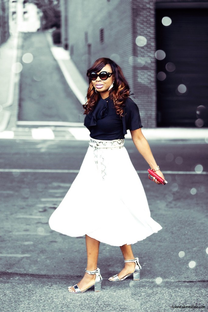 spring-trend-pleated-skirt-midi-silver-block-heel-sandals-black-bowtie-blouse2