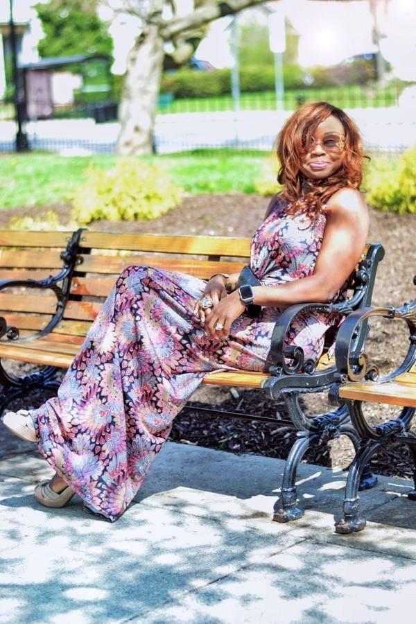 Fashion blogger in a summer maxi dress