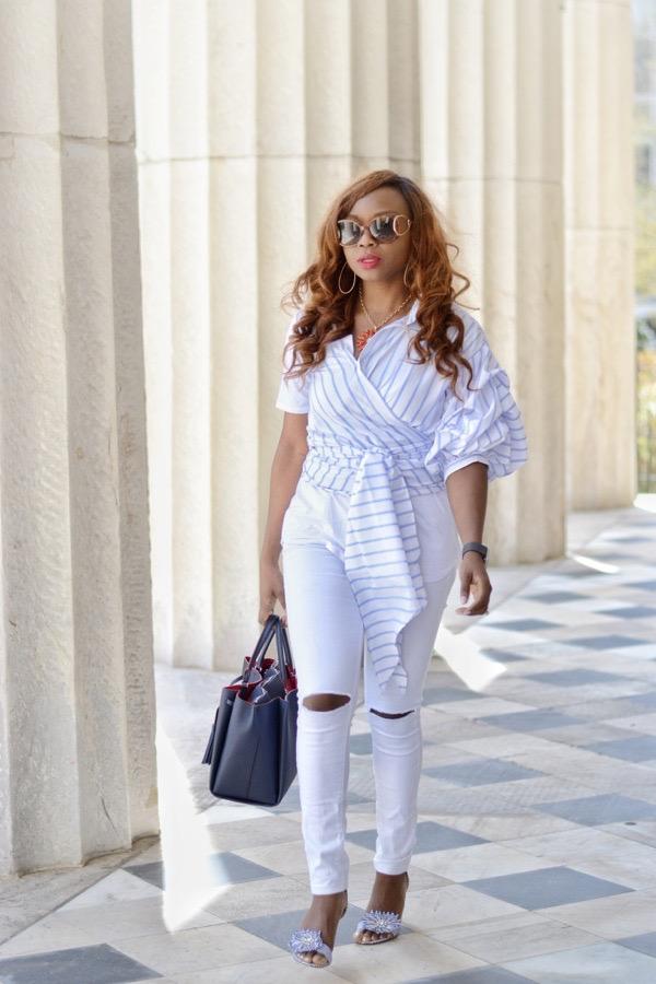Street style blogger wearing white denim