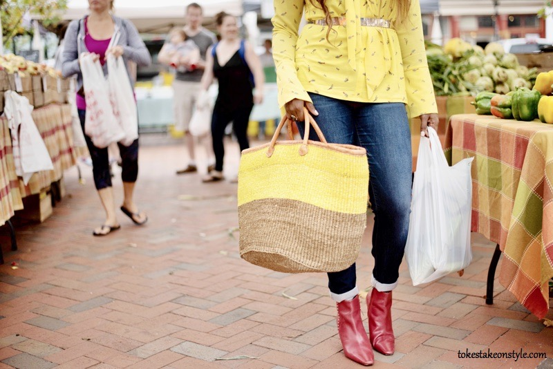 Oversized yellow bag and red Zara boots