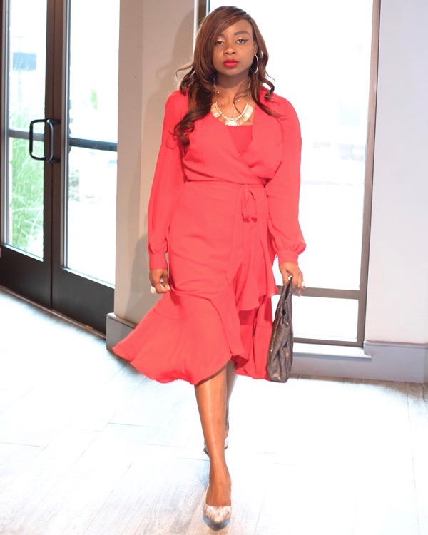 tokestakeonstyle-valentines-day-date-outfits-red-yumi-kim-wrap-dress-armoirestyle-tokes-ojo-ade
