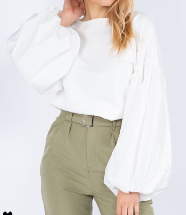 wearable-summer-2020-fashion-trends-white-puff-sleeve-top-century21