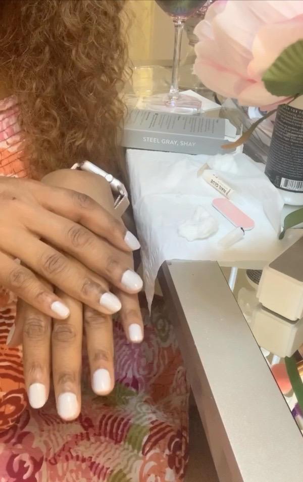 tokestakeonstyle-red-aspen-nail-dash-fake-nails-review