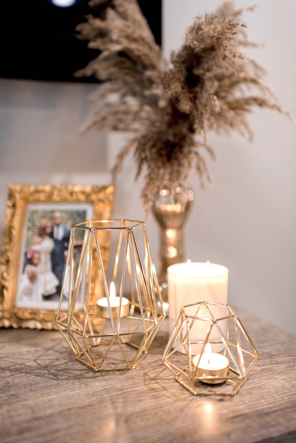 tokestakeonstyle-holiday-gift-ideas-gold-Geometric-Metal Tealight-Candle-Holders