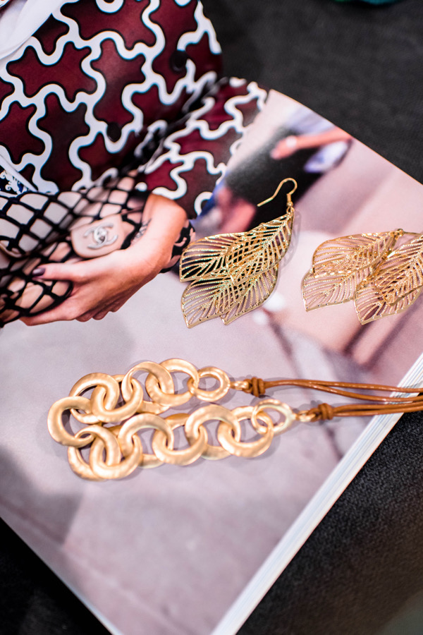 tokestakeonstyle-reasons-to-try-suppliedshop-gold-dangling-leaf-earrings