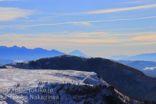 美ヶ原高原から見る富士山と八ヶ岳