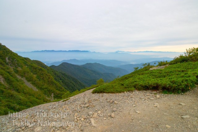 仙丈ヶ岳稜線から北アルプス・中央アルプス