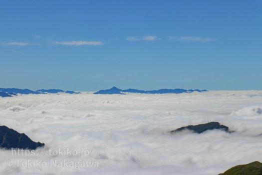 仙ノ倉山山頂から皇海山、赤城山、日光の山々