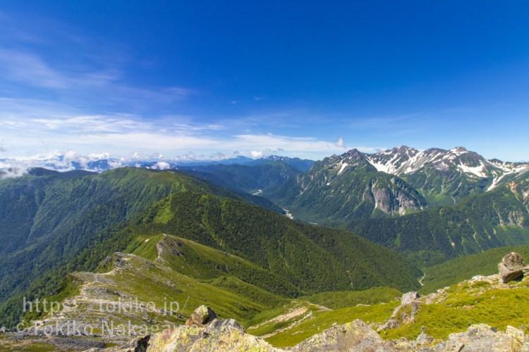 常念岳から見る穂高連峰・乗鞍岳・御嶽山・蝶ヶ岳