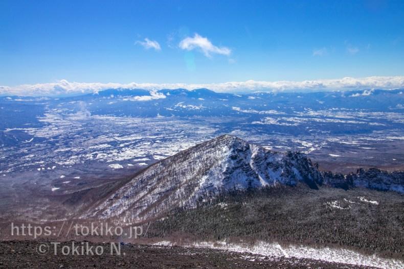 浅間山・前掛山からみた牙山・八ヶ岳