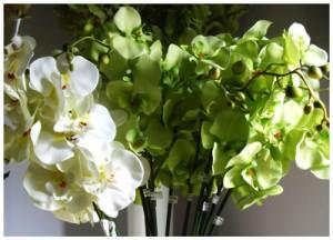 bunga-anggrek-bulan-artificial-putih-hijau
