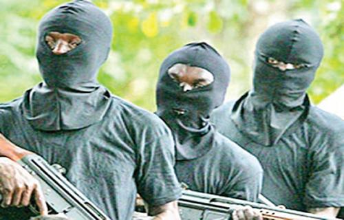 Bandits Kidnaps 10 University Students