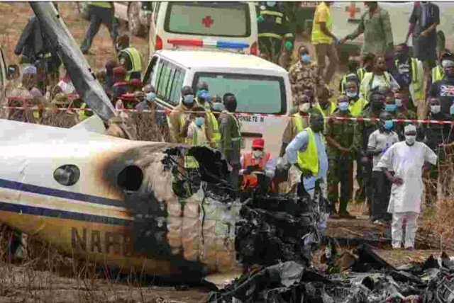 Nigerian Airforce Confirms Death Of 7 Personnel In Aircraft Crash, Reveals Reason For Accident (Photos and Video)