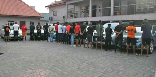 See The Tricks The EFCC Used In Arresting This 20 Internet Fraudsters