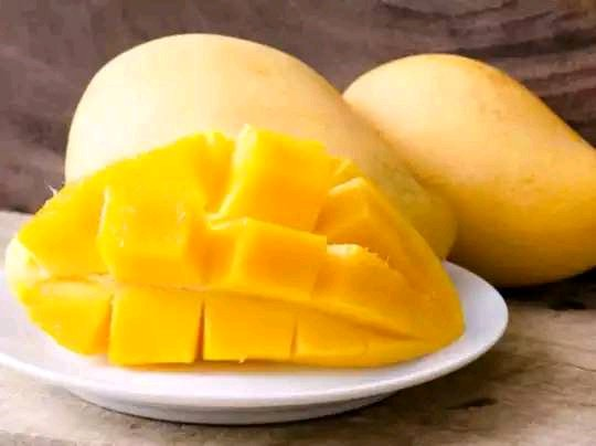 Try Eating These Amazing 5 Fruits Regularly, They Will Make You Look Twice Younger Than Your Age