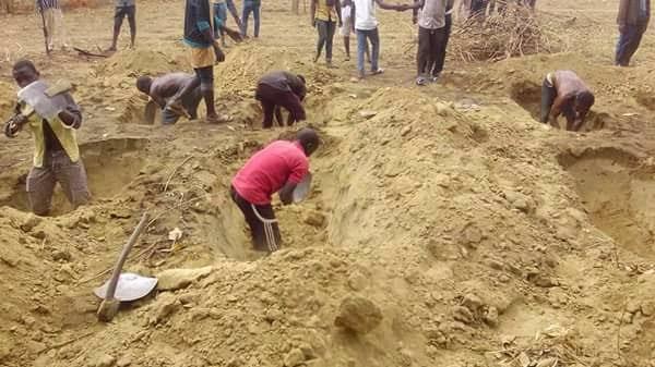 Revenge - Four Fulani Herdsmen Slaughtered In Anambra, After Gunmen Wearing Red Cap Stormed Their Settlement