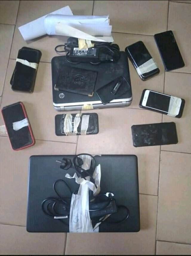 """""""Internet Fraud Makes US Richer Than Government Workers""""- Arrested Yahoo Boys Confess"""