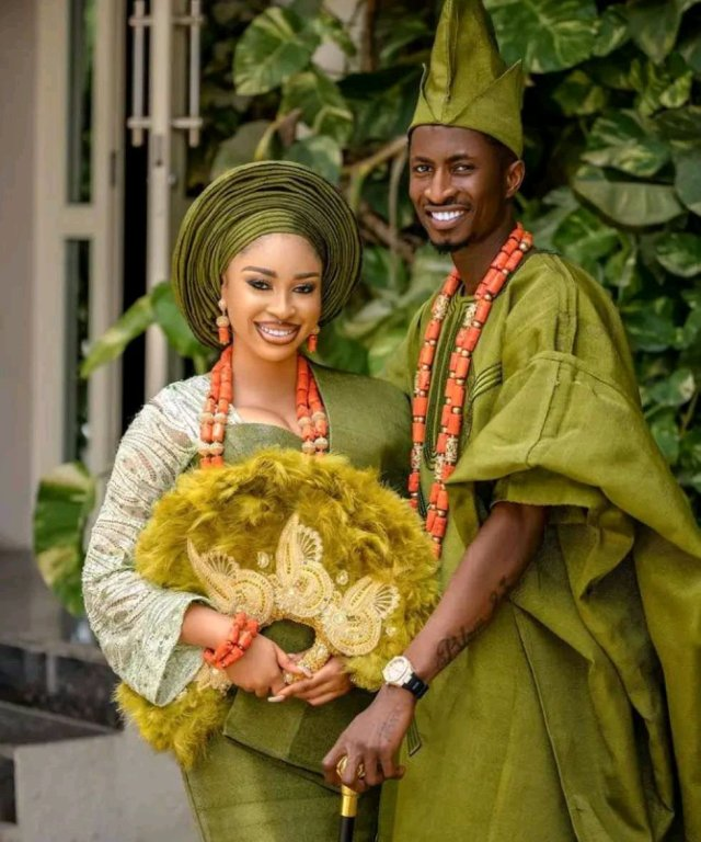 Super Eagle Striker Olayinka And Nollywood Actress Announce Wedding Date With Love-up Photos