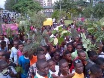Panic!!! As CRUTECH Students Protest Over Insecurity Burns Down Administrative Building