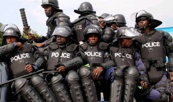 Panic In Osogbo As Cultists Go On Rampage, Attack Policemen on Duty