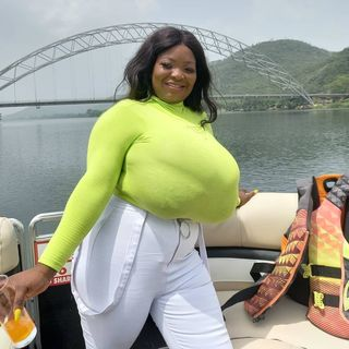 VIDEO: Meet the Lady with the Biggest Melon in Ghana - Bustygh