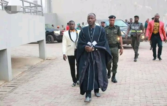 List of Some Top Nigerian Pastors That Move Around With Heavy Security  Guards
