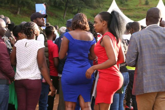VIDEO: River Goddess Punishes Couple for Having S3x Inside The River, See How They Beg For Their Life