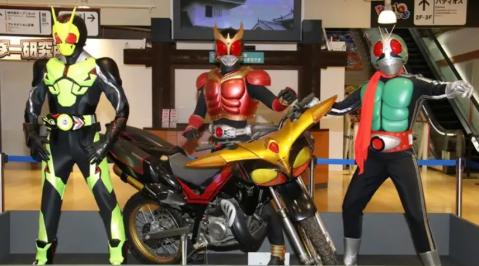 Kamen Rider Statues