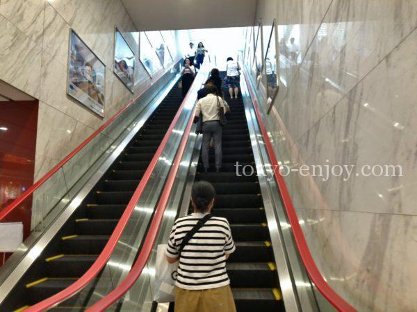 東銀座3番出口エレベーター