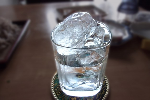 shochu-with-ice-cube