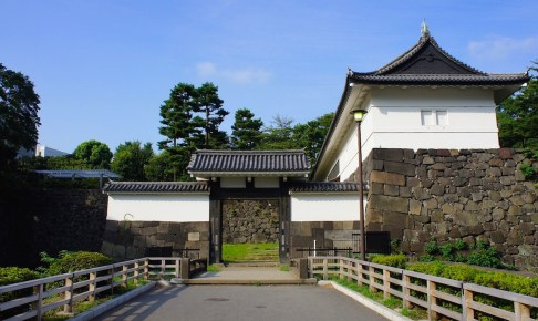 江戸城 清水門(重要文化財/北の丸公園) | 東京とりっぷ