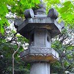 上野東照宮・お化け灯籠