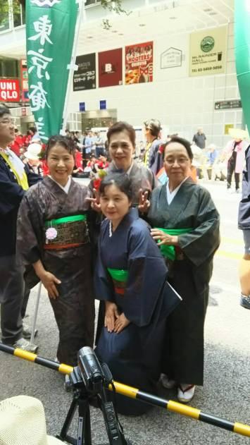 与論会女性部(左から、五十嵐、手前竹、後藤沢、池田)