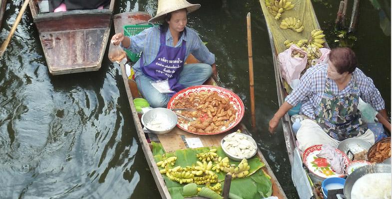flooting market streetfood
