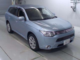 2013 Mitsubishi Outlander PHEV G 4WD
