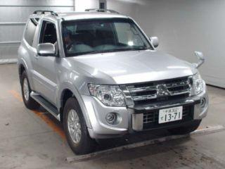 2011 Mitsubishi Pajero VR-1 4WD