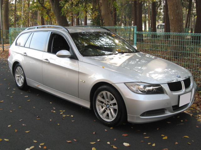 sell your car in Japan BMW 320i Touring