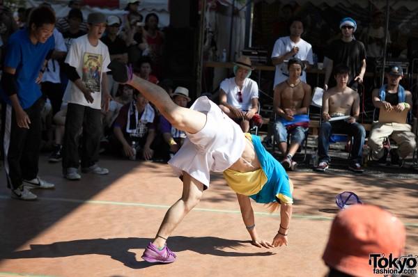 Tokyo Breakdancers
