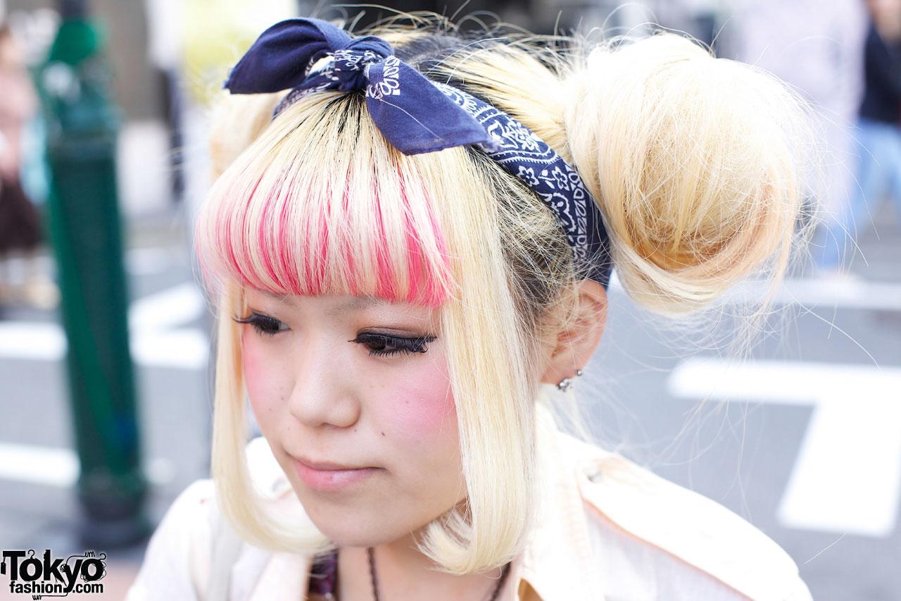 Blonde Double Buns Amp Bandana Tokyo Fashion News
